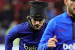 El nuevo look de Messi y los jugadores de Barcelona parece un poco... ¿madridista?
