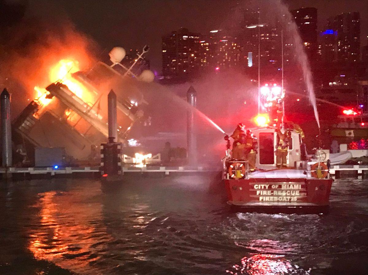 Varios equipos de emergencia acudieron a la exclusiva marina de Watson Island.