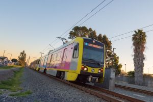 Pasajeros de LA Metro deben usar un tapabocas obligatoriamente desde el próximo lunes