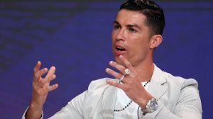 ¡Tenga su premio! CR7 le gana a Messi en los Globe Soccer Awards