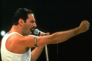 Freddie Mercury sigue dando regalos de Navidad 28 años después de su muerte