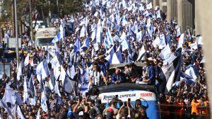¡Pura Party! Rayados desfilan en Monterrey con el trofeo de la Liga MX