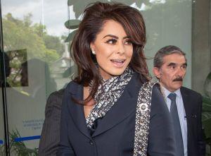 Yadhira Carrillo es captada saliendo de Televisa y confiesa cuál es el motivo de su visita