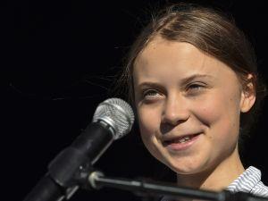"""Activista sueca Greta Thunberg es la persona más importante del año para la revista """"Time"""""""