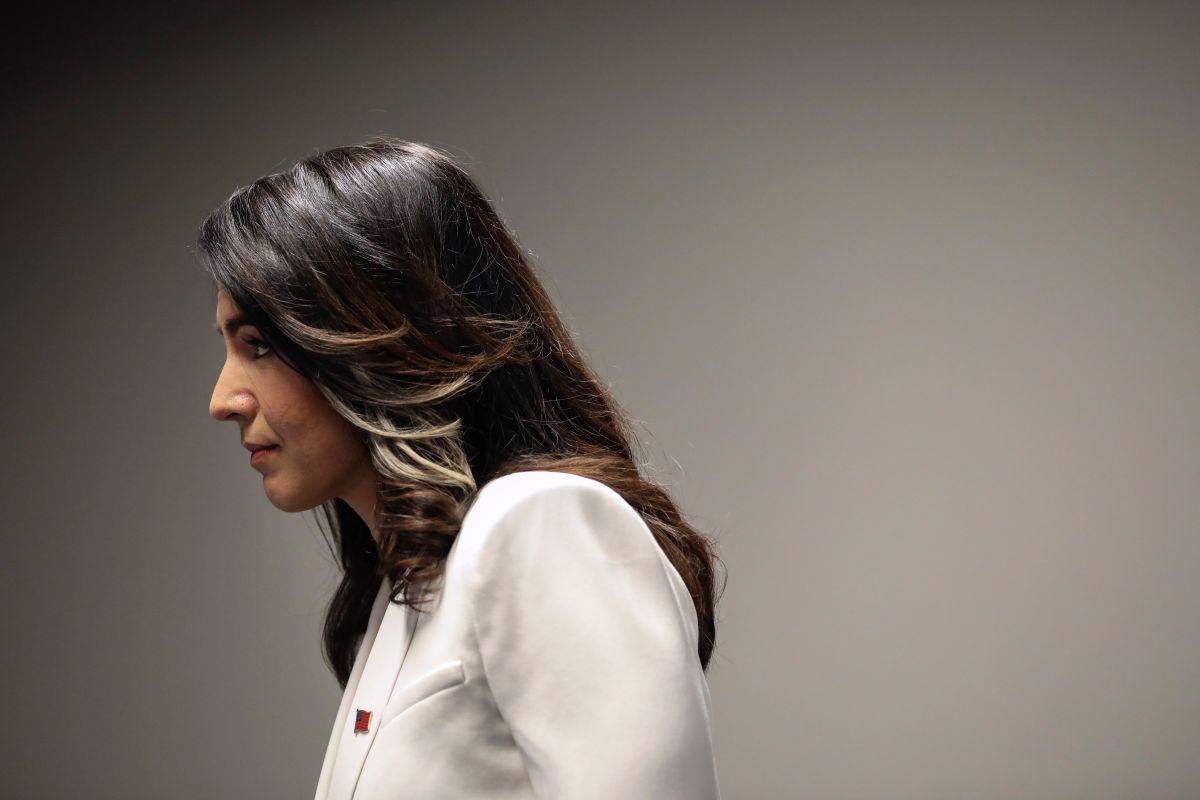 Tulsi Gabbard sale la carrera demócrata a la presidencia y apoya a Biden