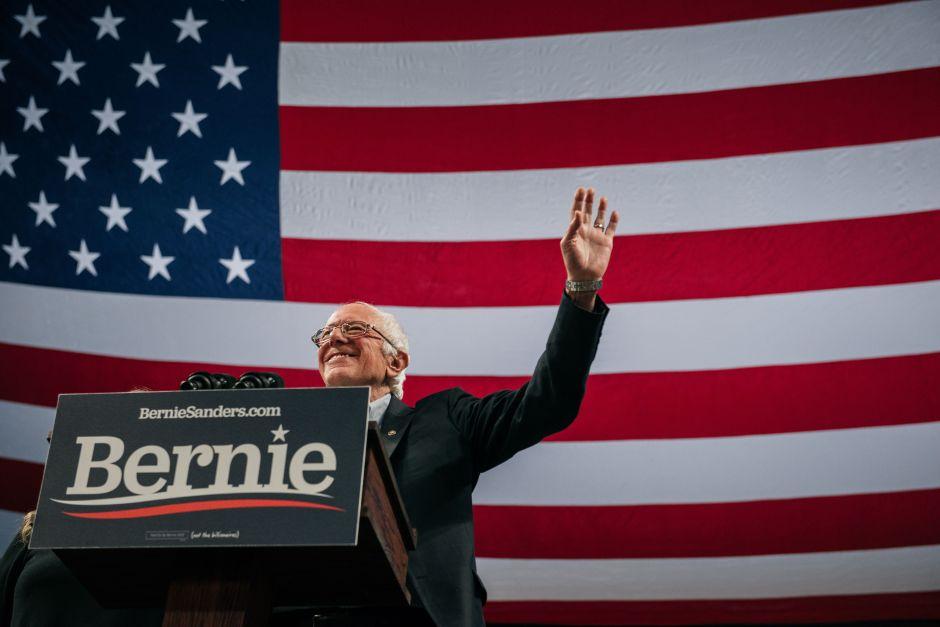 Grupo proinmigrante anuncia respaldo político para Bernie Sanders