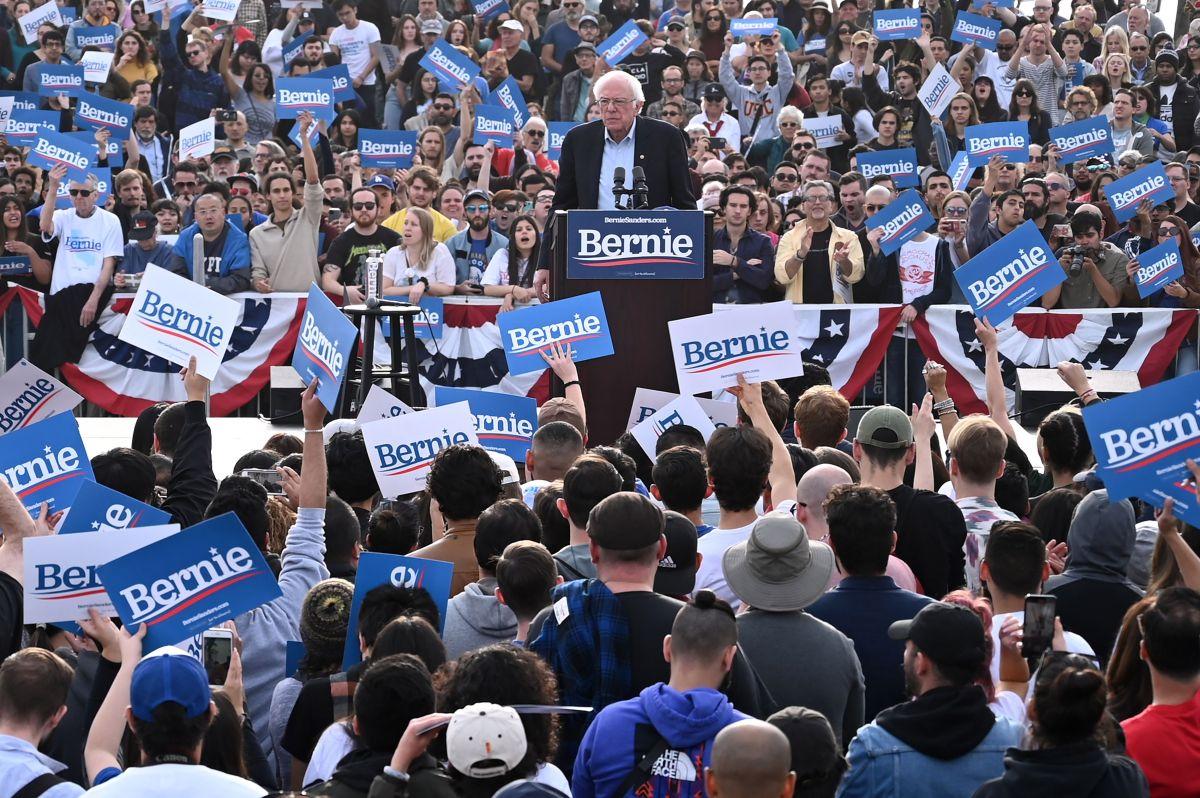 Precandidatos demócratas a la Presidencia continúan su campaña en California