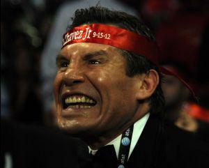 VIDEO: Por defender a su hijo, Julio César Chávez reaccionó violentamente contra el representante de Mario Cázares