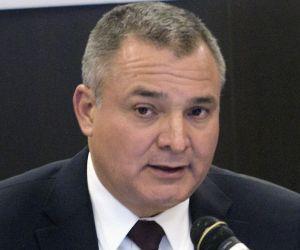 AMLO investiga a empresa ligada a García Luna por contratos de más $400 millones de dólares