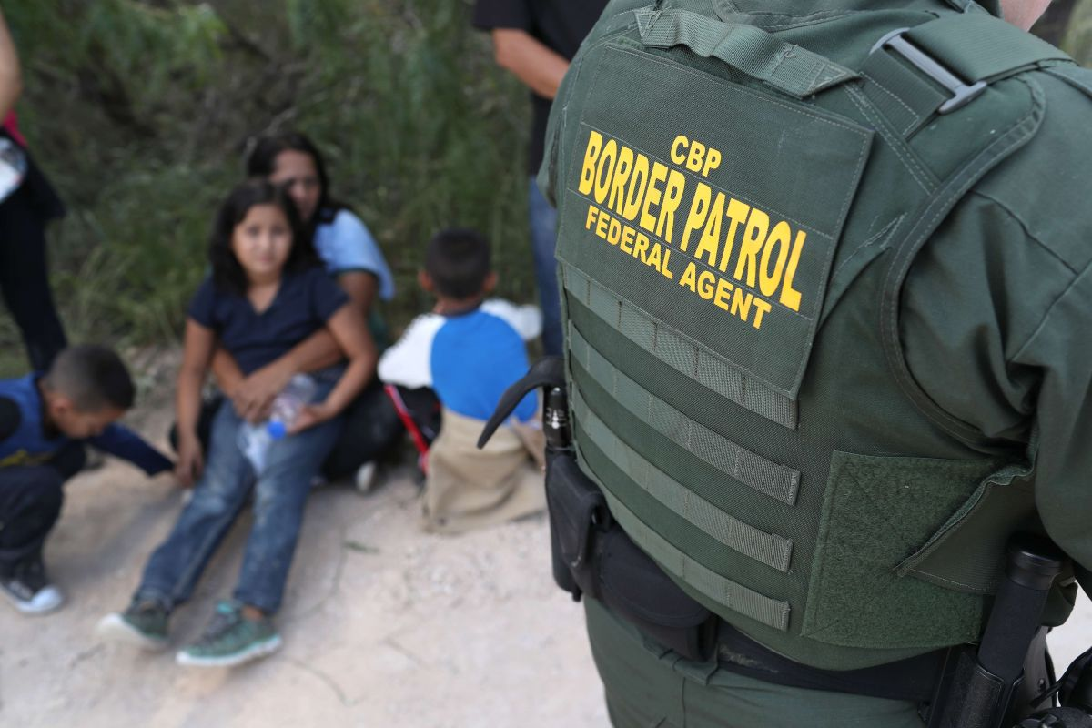 La Patrulla Fronteriza reporta que ha detenido a más de 33,000 mexicanos.