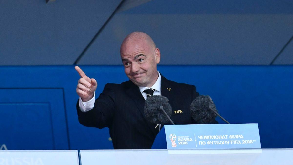 Tanto el presidente de la FIFA como el de la UEFA rechazaron la fundación de la nueva liga.