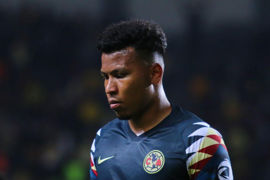 'Que no vuelva a jugar con el América': la afición en contra de Roger Martínez tras su desempeño en la semifinal