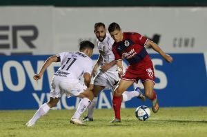 ¡No hay quien los detenga! Chivas volvió a ganar en pretemporada en el regreso de Omar Bravo a Verde Valle