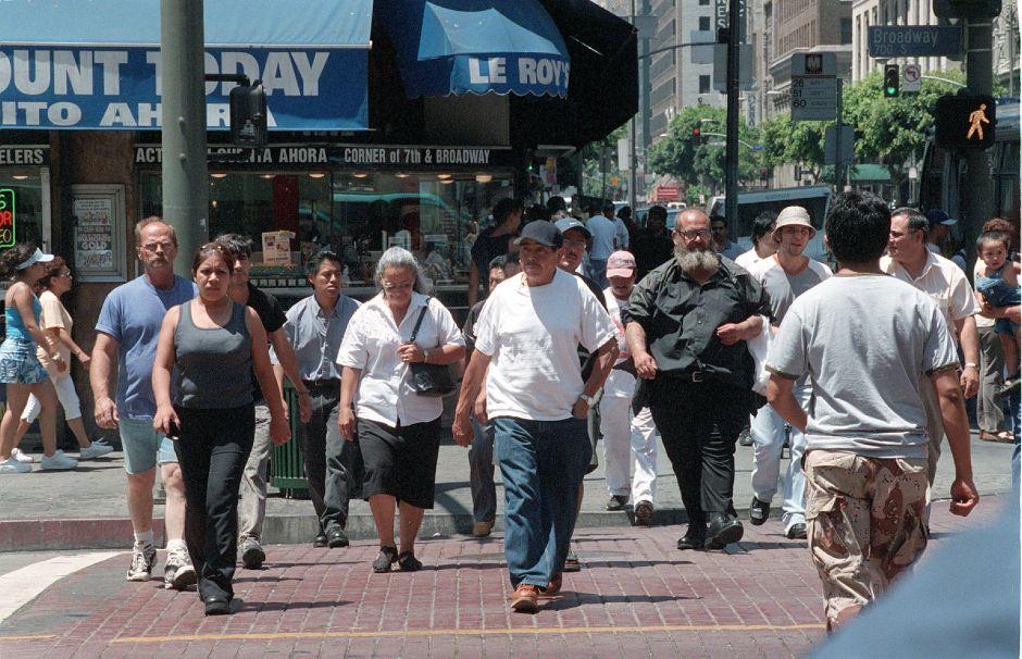 Hablar de economía y salud con los latinos, es cuestión política, pero también de reconocimiento