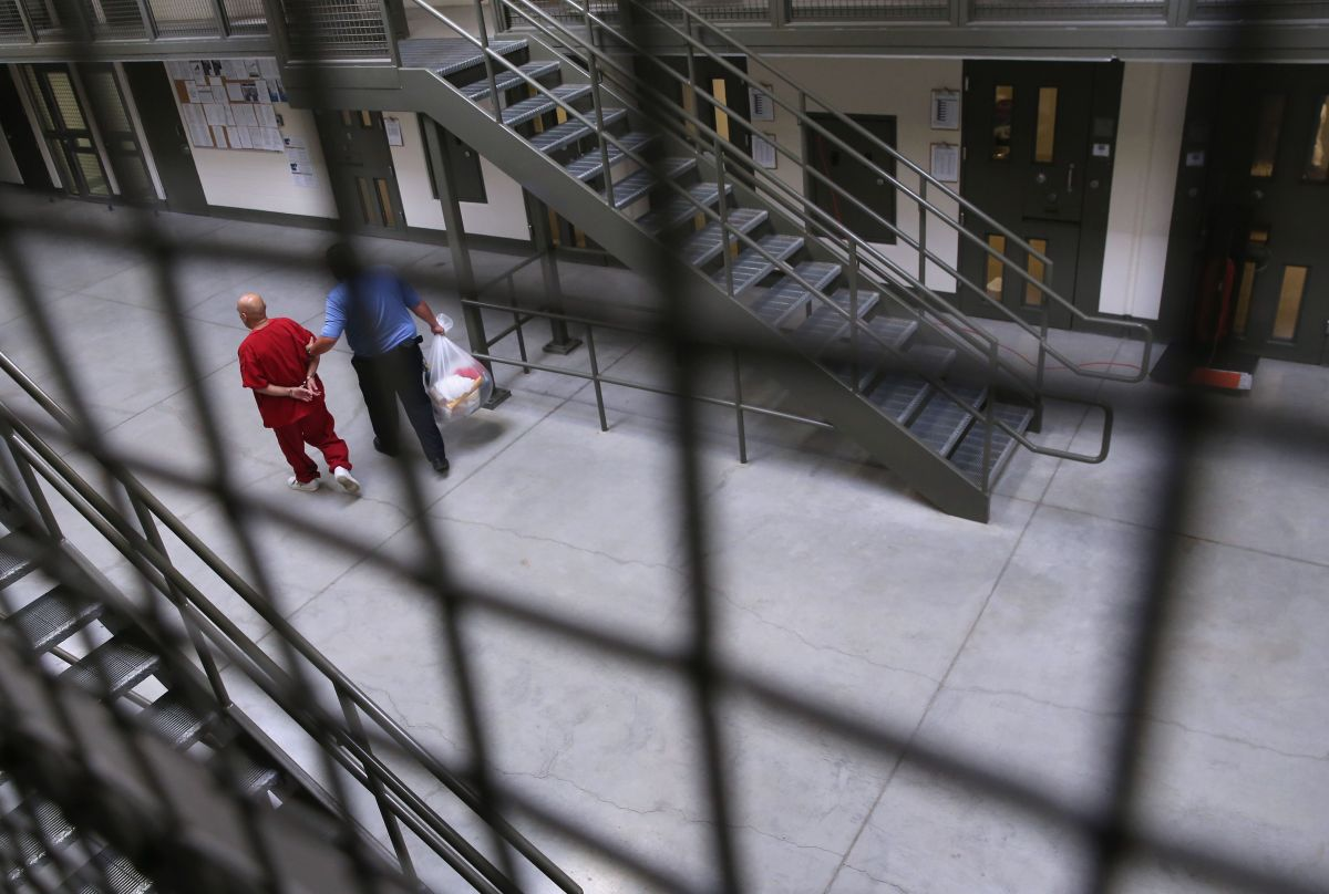López Acosta contrajo COVID-19 en la cárcel. (Archivo=