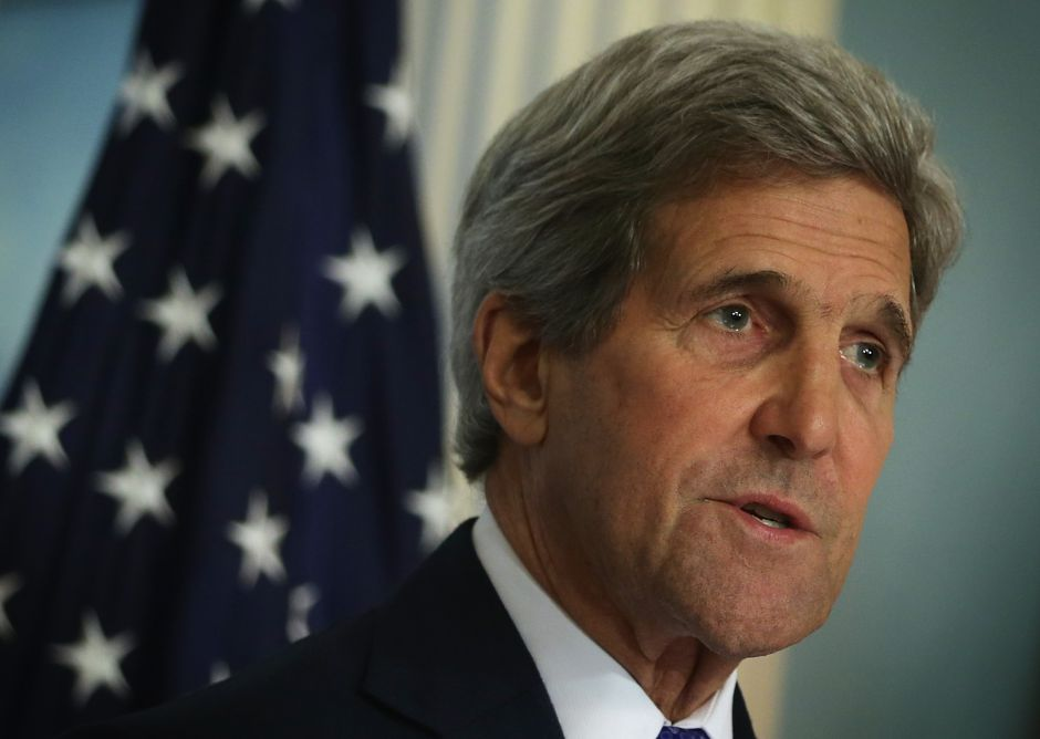 """John Kerry respalda a Joe Biden: es el presidente que Estados Unidos """"necesita desesperadamente"""""""