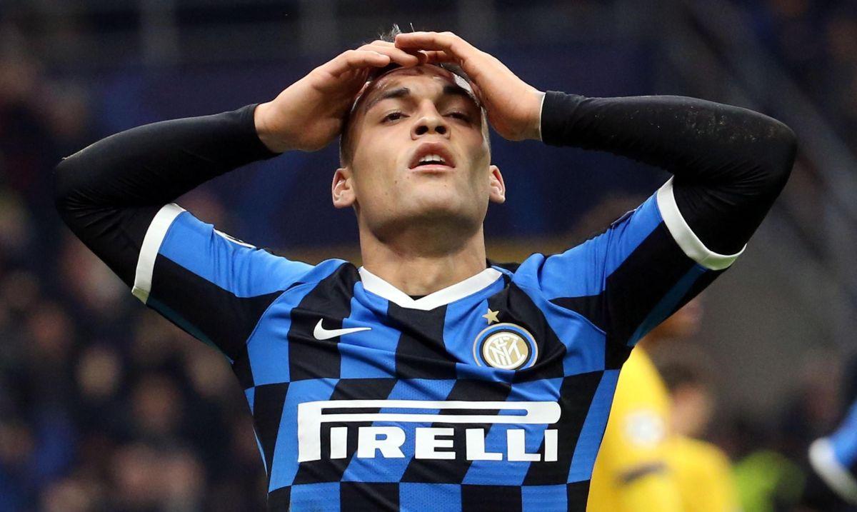 Lautaro Martínez podría tener las horas contadas en el Calcio italiano.