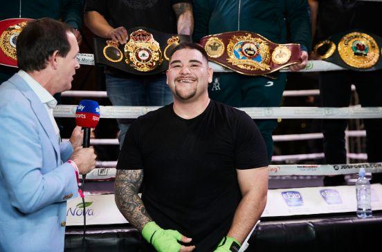 Andy Ruiz cuenta con el apoyo de Chivas en su pelea contra Anthony Joshua.