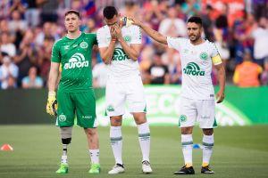 """Sobreviviente del Chapecoense anunció su retiro del fútbol: """"el dolor es muy grande"""""""