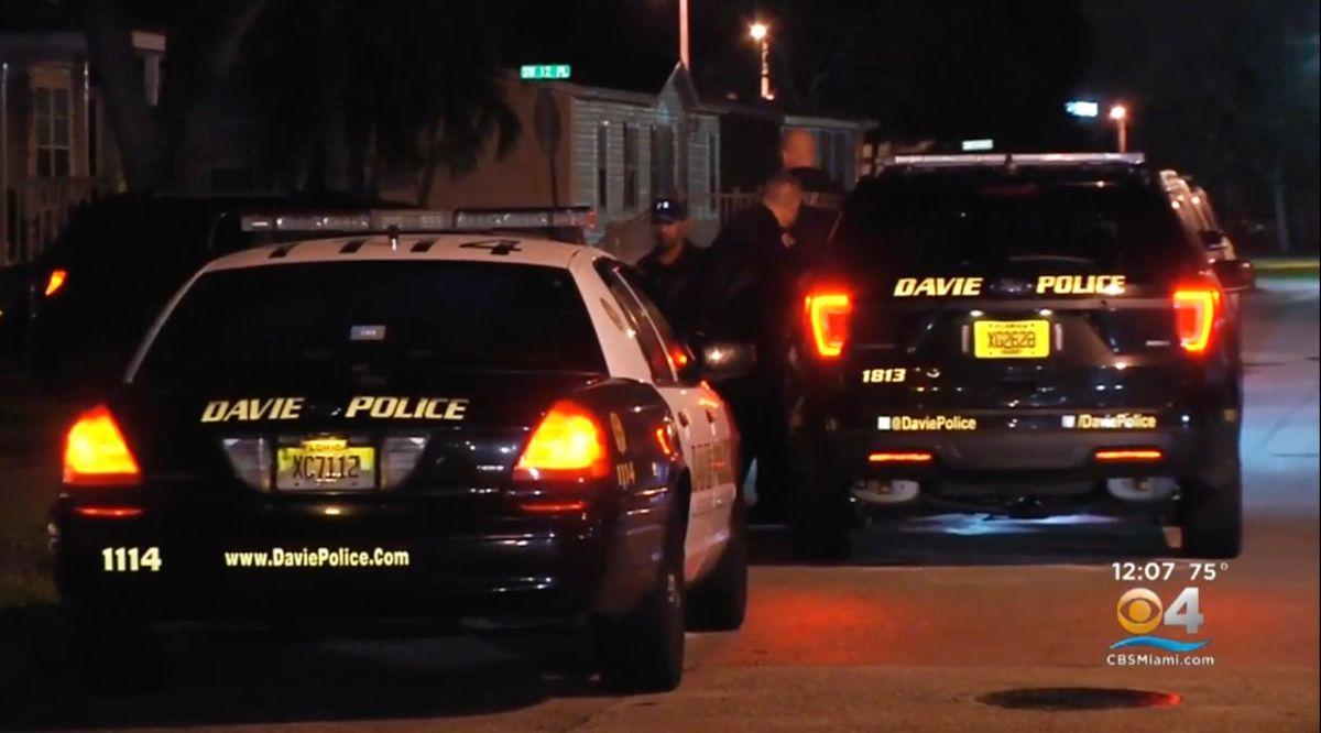 Los hechos ocurrieron sobre las 2 de la madrugada en la ciudad de Davie, al norte de Miami.