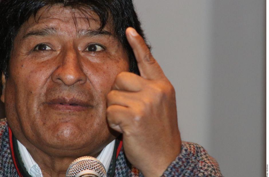 Diputado pide dar a Evo Morales $8,000 dólares al mes, más que el sueldo de AMLO