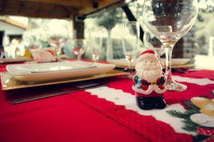 5 modos de decorar tu mesa navideña y que parezca de revista