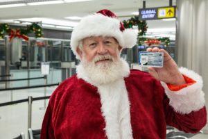 El permiso de inmigración a Santa Claus que ha causado revuelo
