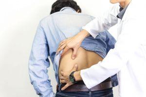 ¿Qué ejercicios puedo hacer para eliminar el dolor lumbar?