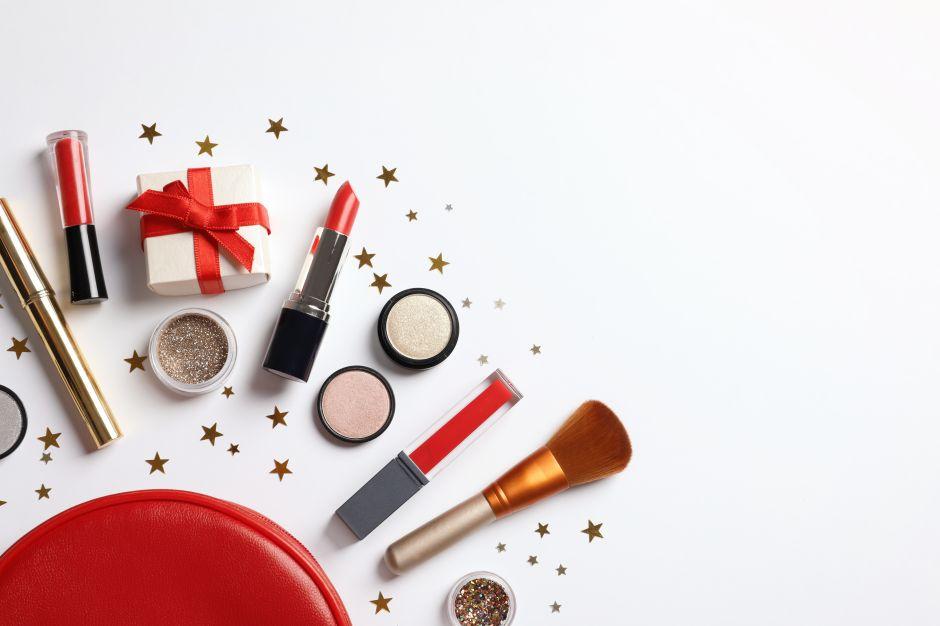 Los mejores 4 sets de regalo de belleza para las mujeres amantes del maquillaje
