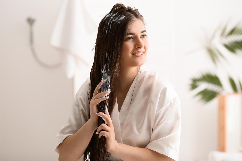 Las mejores 5 mascarillas humectantes para cuidar y revitalizar el cabello lacio