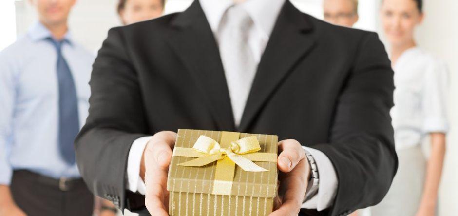 Los mejores regalos de navidad para dar a tu jefe sin gastar mucho dinero