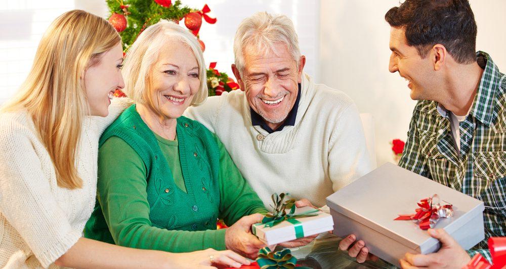 8 opciones de regalos para darle a tus suegros en navidad sin gastar mucho dinero