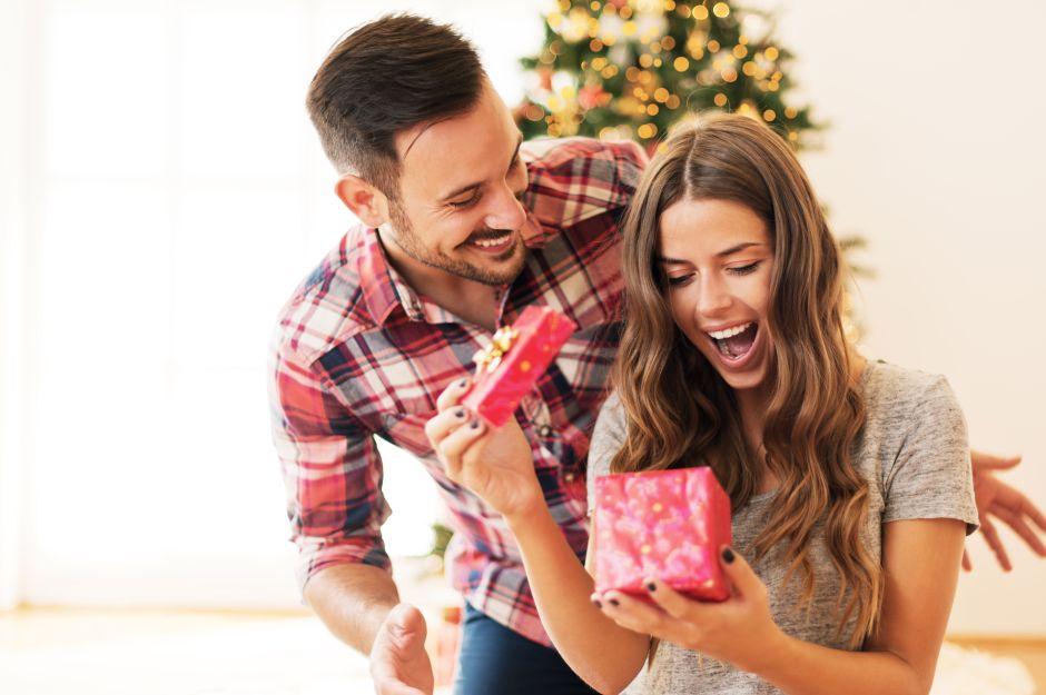Los 5 mejores regalos de navidad para mujeres jóvenes