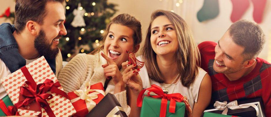 6 ideas de regalos para darle a tus compañeros del trabajo sin gastar mucho dinero