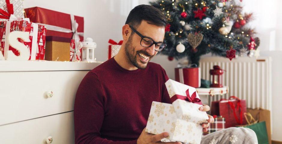 Los mejores 5 sets de perfume de hombre para regalar en navidad
