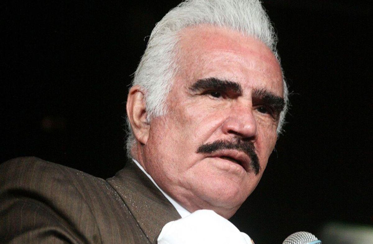 Vicente Fernández podría haber cometido un delito de abuso sexual