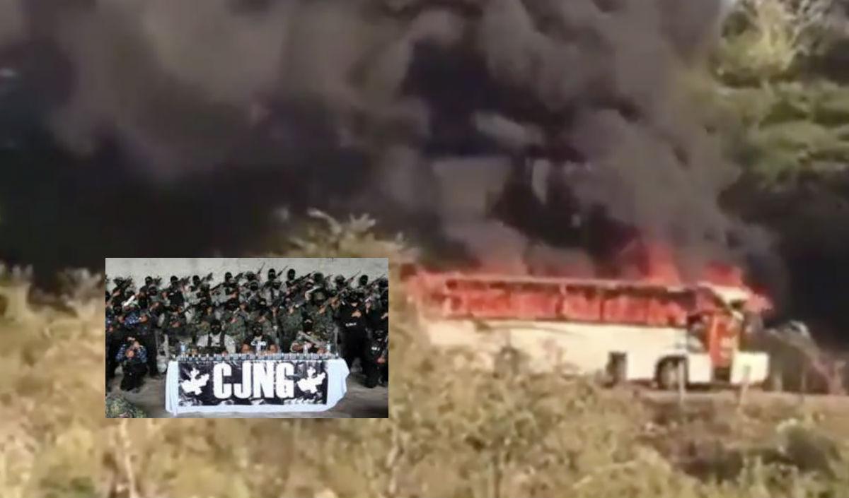 VIDEOS: CJNG balea casas y quema autobús en nuevo intento por avanzar en Michoacán