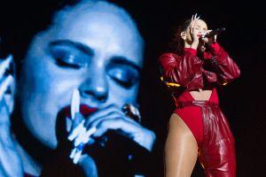 Rosalía apareció con tremenda tanguita rojaen Londres