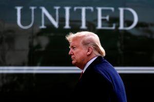 Trump invoca la Ley de Producción de Defensa para aumentar la producción de máscaras de hospital por el coronavirus