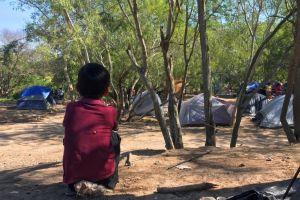 """La desesperación de los inmigrantes """"atrapados en México"""" que envían solos a sus hijos a Estados Unidos"""