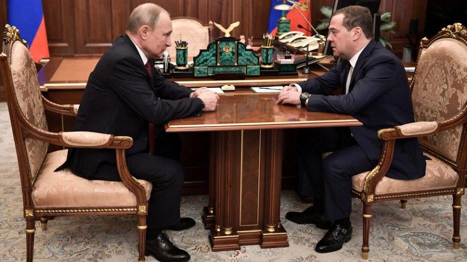 Renuncia el gobierno de Rusia tras una demanda de Putin para reformar la Constitución