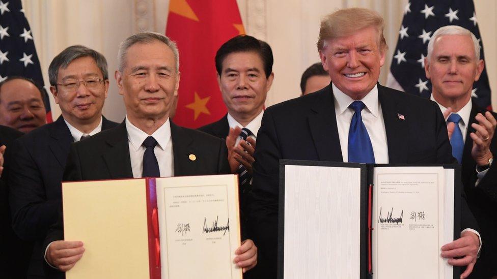 """Trump presentó su acuerdo con China como el """"más grande"""" que haya en el mundo."""