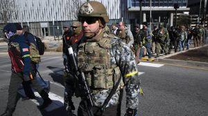 Manifestación proarmas en Virginia: el multitudinario evento por el derecho a tener armas de fuego que genera tensión en Estados Unidos