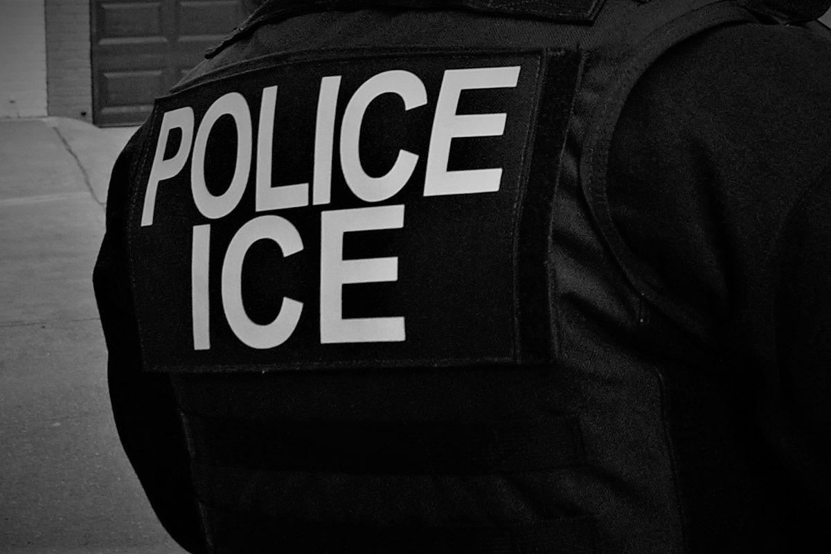 ICE participa en el programa de pruebas de ADN a inmigrantes.