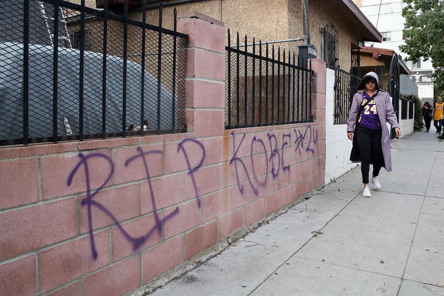 IMÁGENES: Los Ángeles honra la memoria de Kobe Bryant