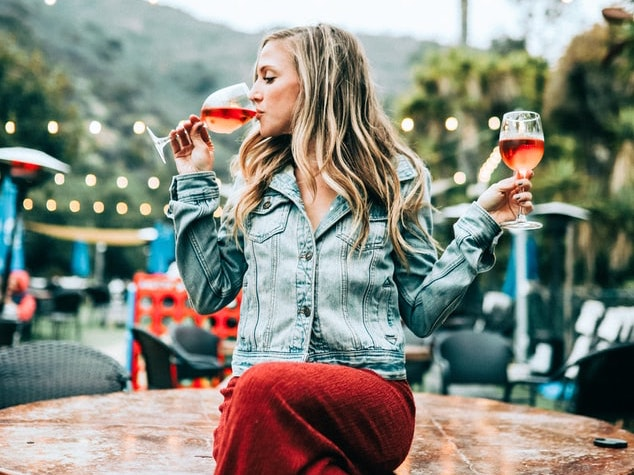 Is it advisable to drink wine if you are trying to lose weight?