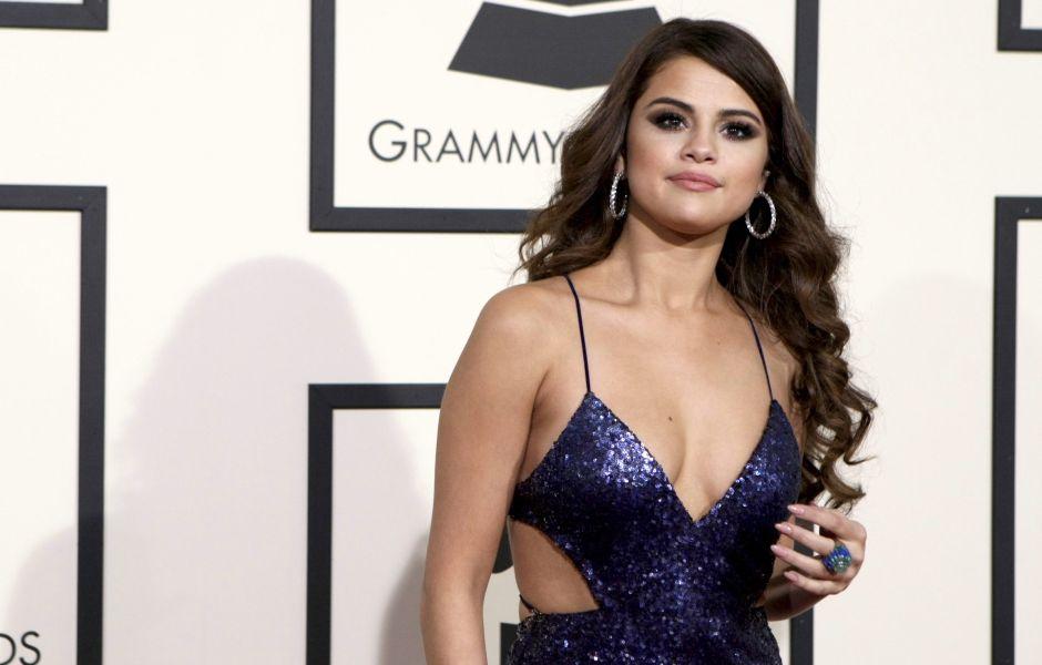 Selena Gómez estrena nueva canción y aporta a la batalla en contra del coronavirus