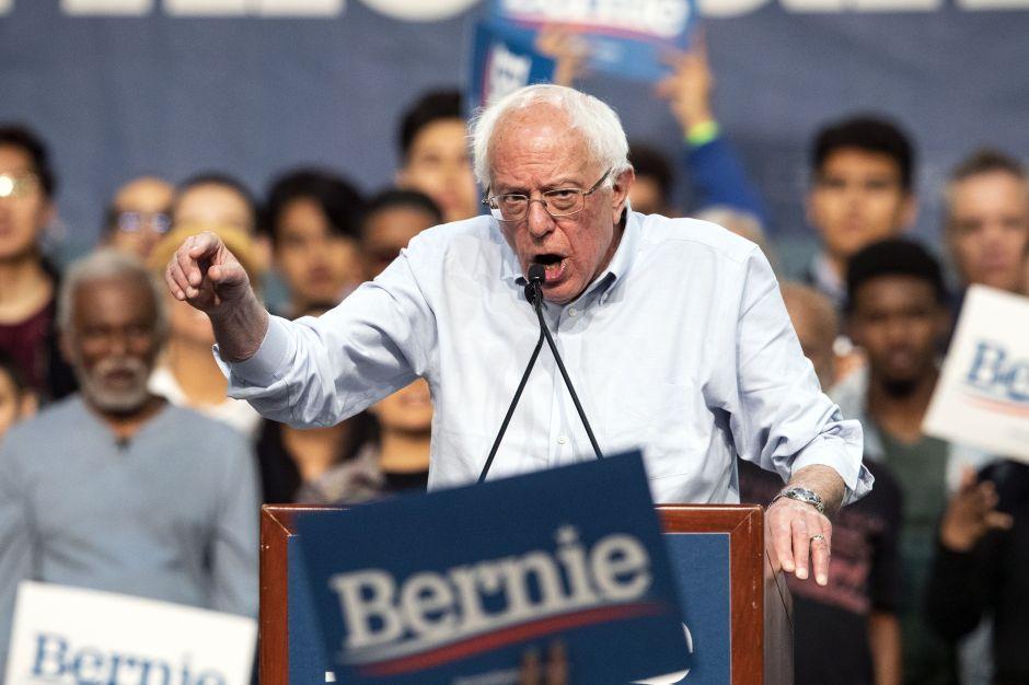 Bernie Sanders lidera las encuestas de las primarias demócratas en California