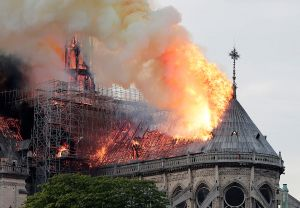 Estas son las predicciones para 2020 del psíquico que previó el incendio de Notre Dame