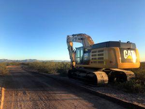"""El muro de Trump también """"se bebe"""" el agua del desierto en Arizona"""